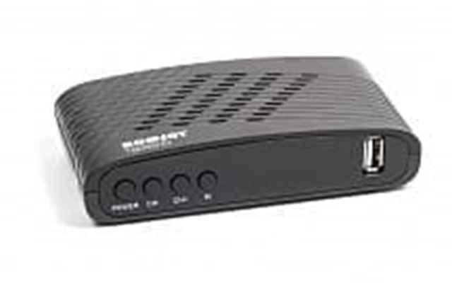 Описание: ТВ-ресивер DVB-T2 Romsat T8005HD Поддерживаемые форматы:MPEG-2 MP@ML; MPEG-4 AVC MP/HP@L3; MPEG-4 AVC HP@L4; Разъемы:  Антенный вход; Антенный выход; RCA; USB; Питание:  AC/DC220В/50Гц, 5В/1.5А Комплектация: ТВ-ресивер; Пульт ДУ с батарейками; AV-кабель; Инструкция; Цвет изделия: черный Наличие медиа плеера: есть Наличие Wi-Fi модуля: нет Дополнительное описание: Romsat T8005HD Полностью совместим с DVB-T и DVB-T2 и DVB-C, MPEG-2 / MPEG-4 / H.264. Поддержка стандартной и высокого разрешения, 576i / 576p / 720p / 1080i / 1080p. Поддержка форматов 4: 3 и 16: 9 Поддержка EPG / телетекста / субтитры Родительский контроль. USB PVR и USB Timeshift. Расширение выбор Любимых групп каналов Автоматическое переключения NTSC / PAL. Выходной аналоговый сигнал 1x CVBS + R / L AUDIO 1x HDTV цифровой выход 1x USB-порт Поддержка Wi-Fi Dongle Ralink 7601 и 5370. Поддержка YouTube, Google Map, Weather и Cinema